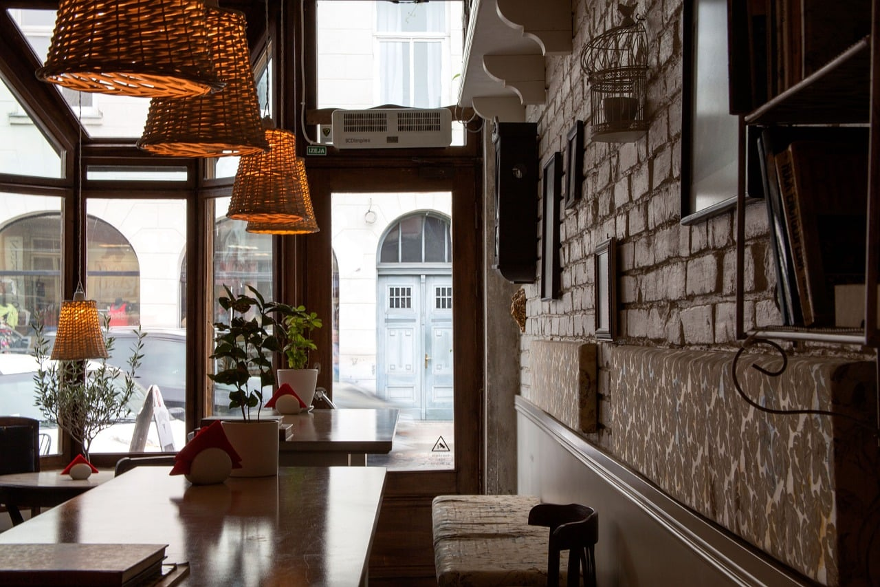 Liebeskummer überwinden - eigenes Cafe gründen