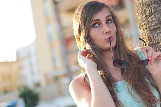 attraktiver wirken durch Lipgloss