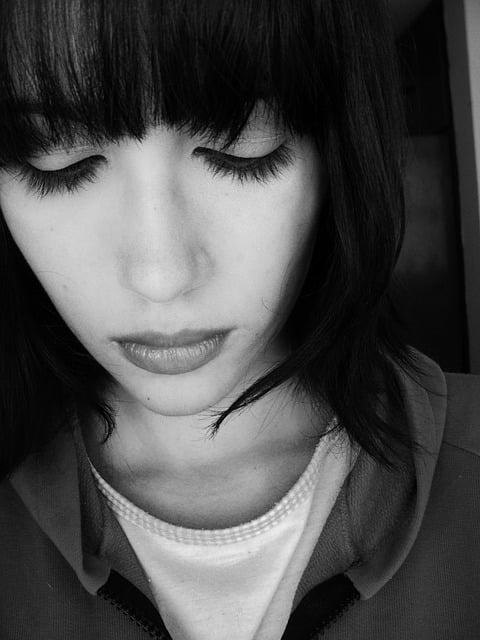 Gebrochenes Herz durch Trauer überwinden