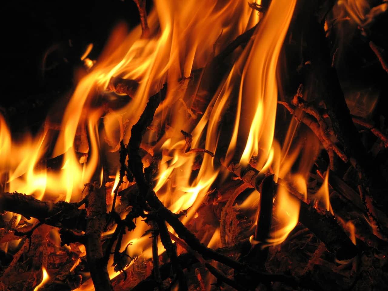 Beziehung ohne Liebe wieder zu brennen gebracht
