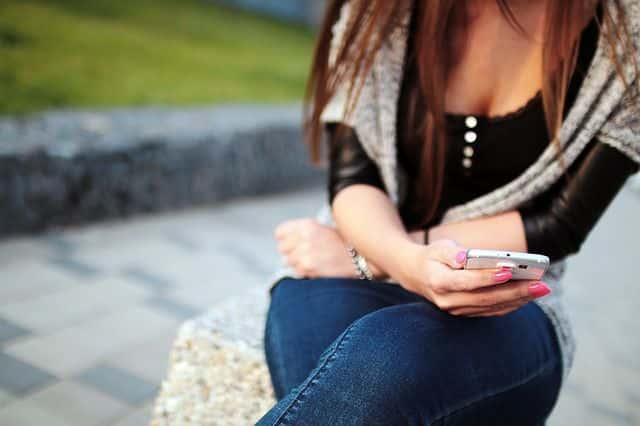 Smartphone Handynummer beim flirten geben