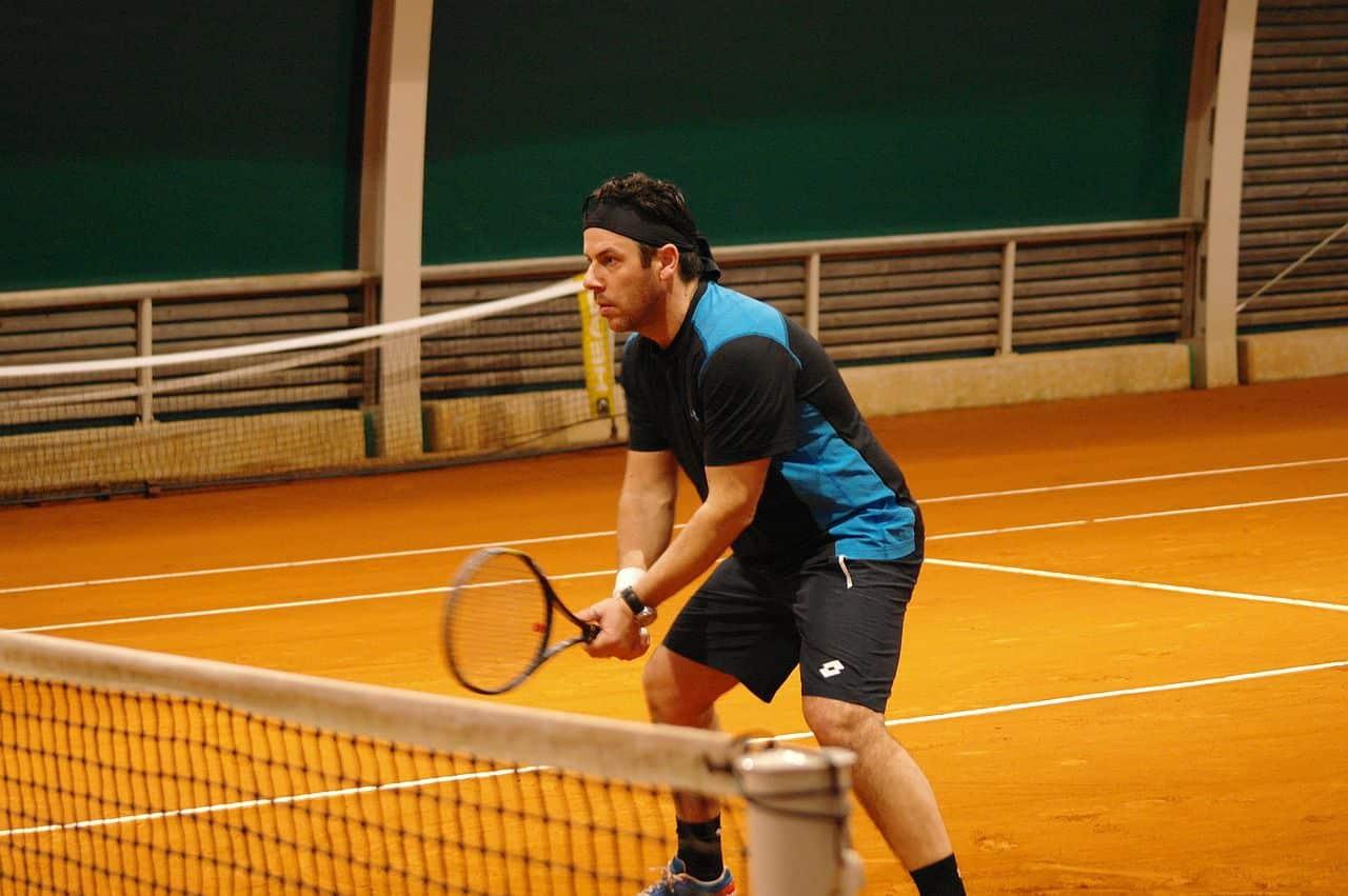 Spielen Sie Tennis mit Ihrem Partner
