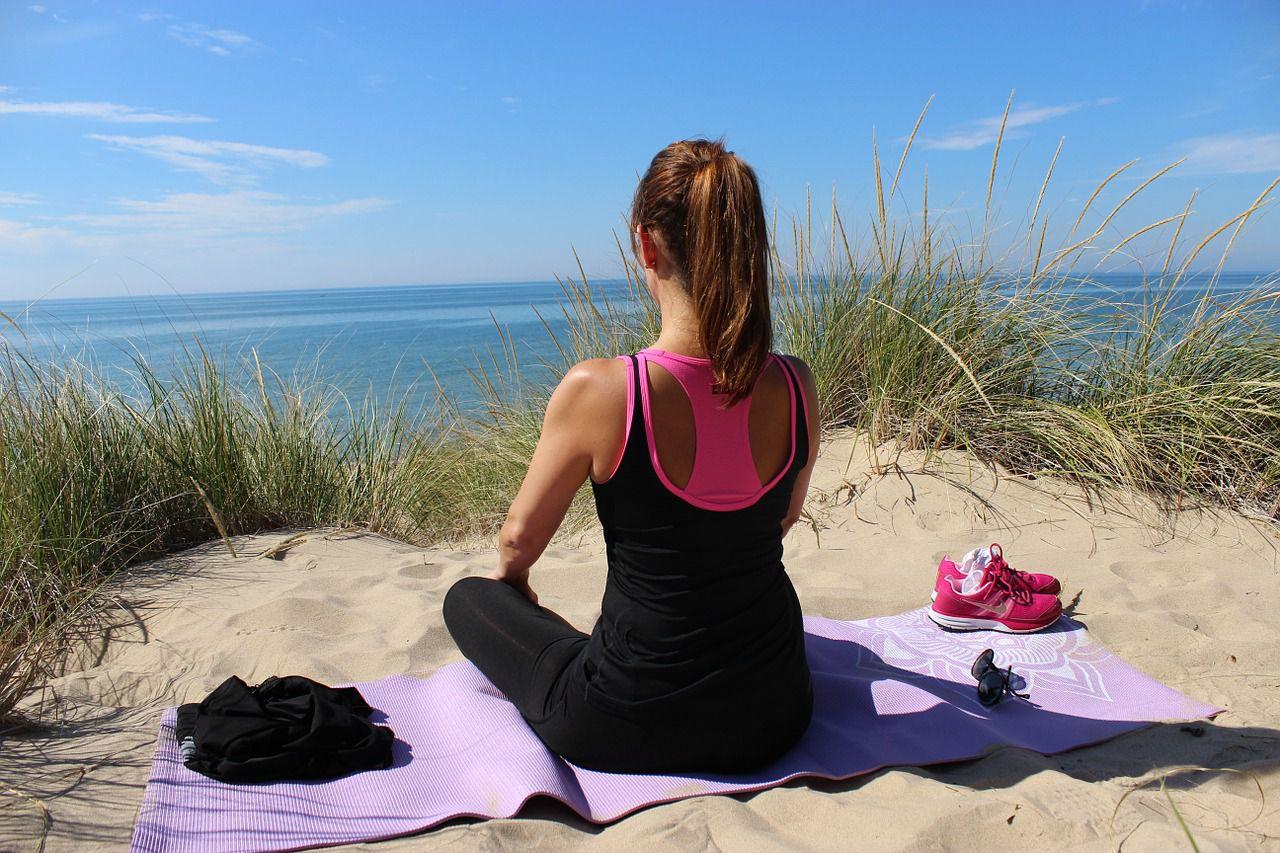 Yoga hilft Ihnen den Druck zu nehmen