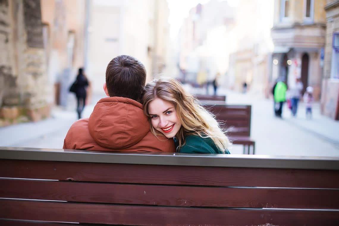 Mann verliebt machen - sich näher kommen und Zärtlichkeiten austauschen