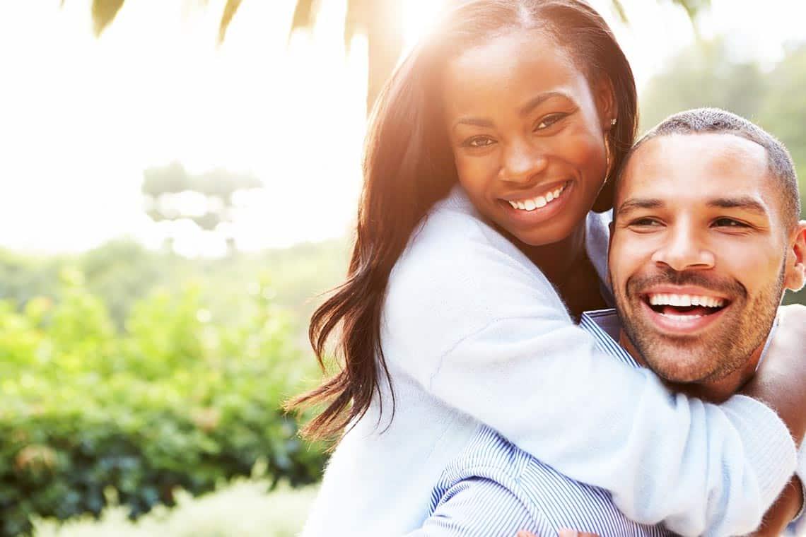 Mann und Frau in Freundschaft