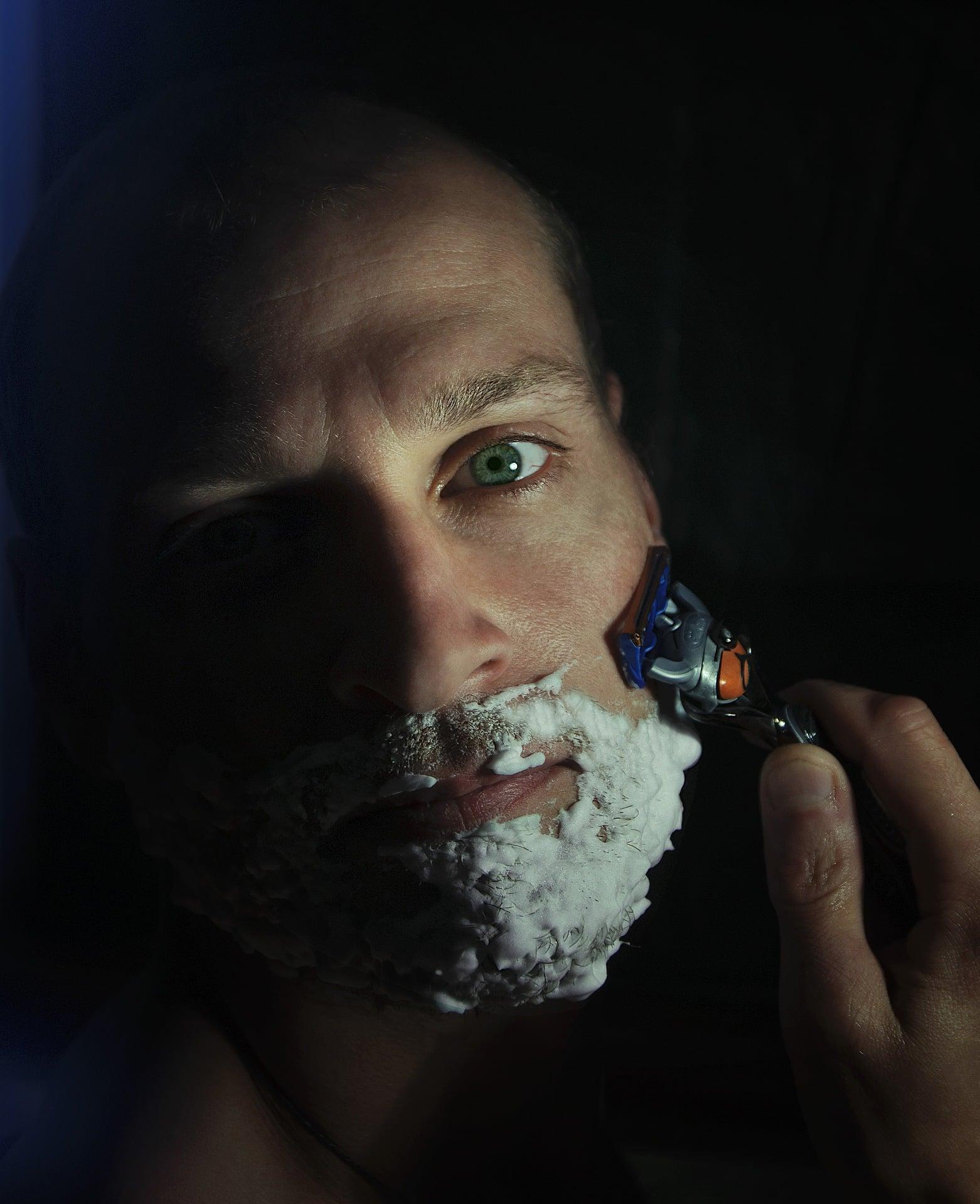 Frau erobern - Mann rasieren